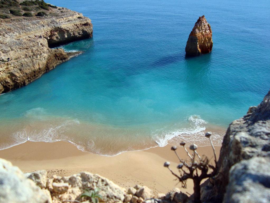 Carvelho Beach